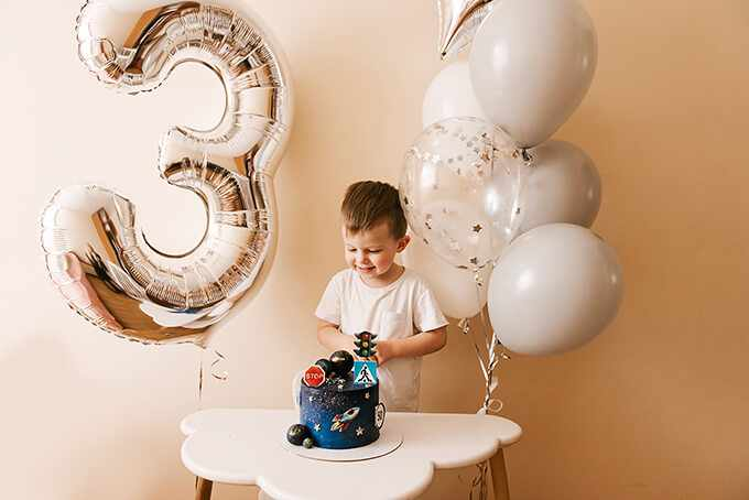 что подарить мальчику на 3 года