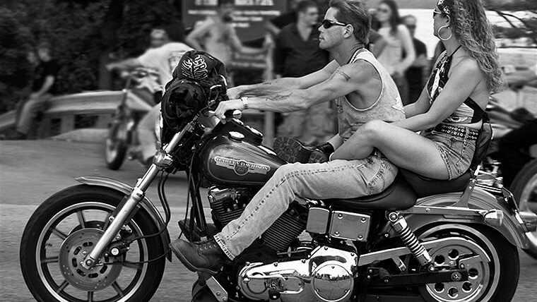 Что подарить мотоциклисту