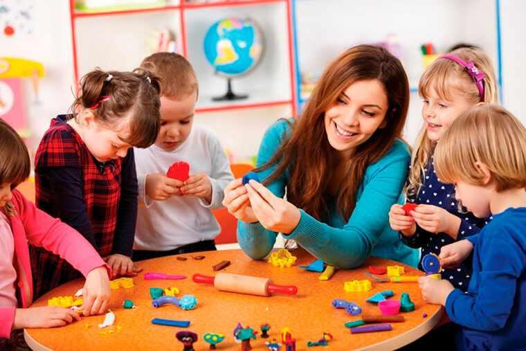 Подарки воспитателю детского сада