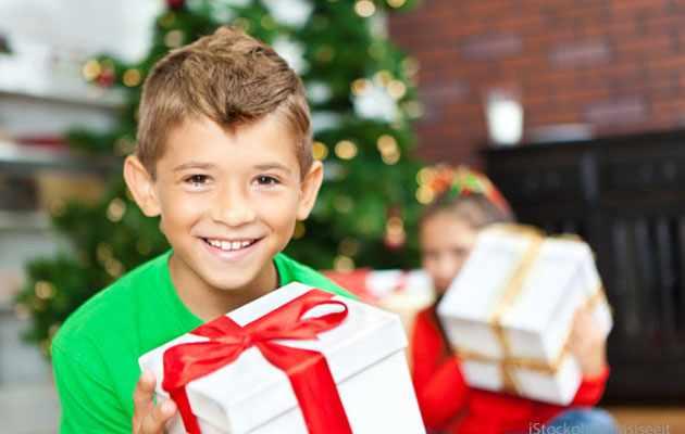 Что можно подарить сыну на новый год 2021