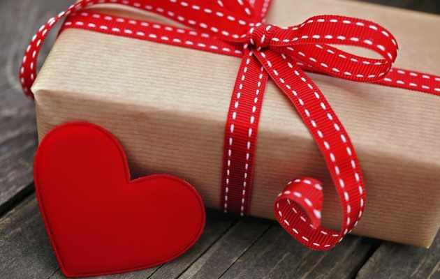 Что можно подарить мужчине на 14 февраля?