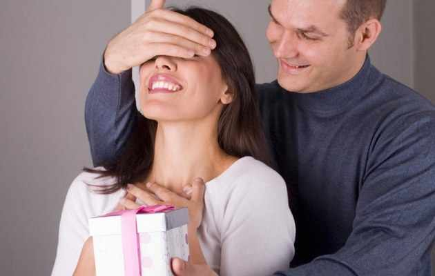 Что можно подарить жене на 36, 37, 38, 39 лет?