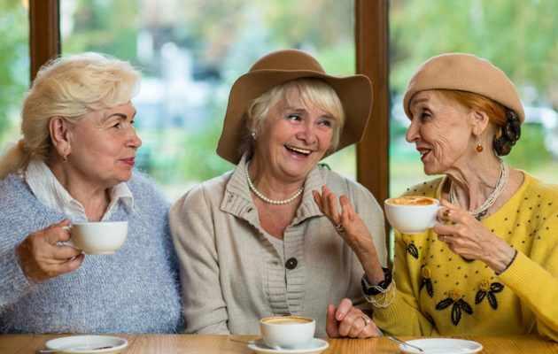 Что можно подарить подруге на 60 лет?