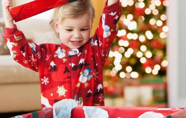 Что можно подарить племяннице на Новый год 2021