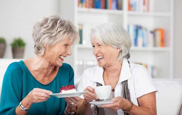 Что можно подарить сестре на юбилей 50, 55, 60, 65 лет?