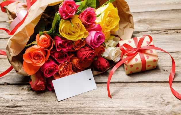99 идей подарков женщине на 55 лет