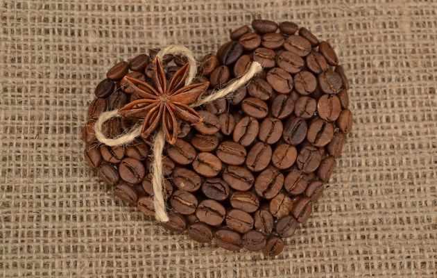 Что можно подарить подруге на День святого Валентина?