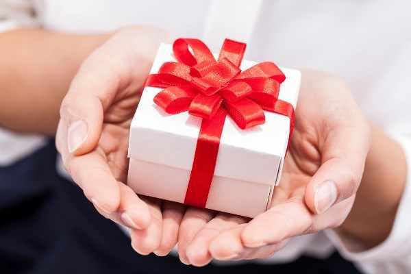 Что подарить врачу
