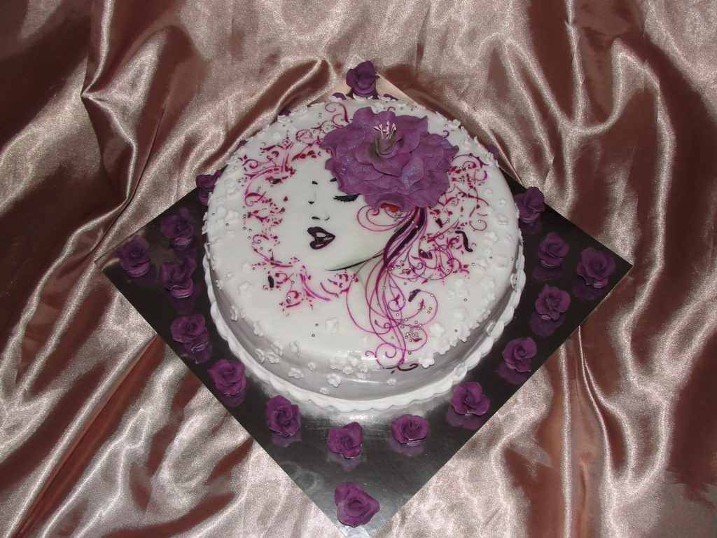 торт с лицом