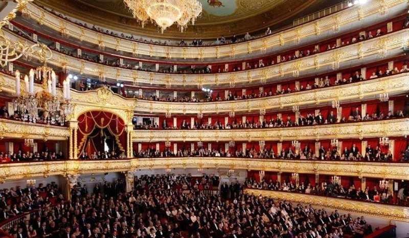 Театр – прекрасное место для совместного досуга