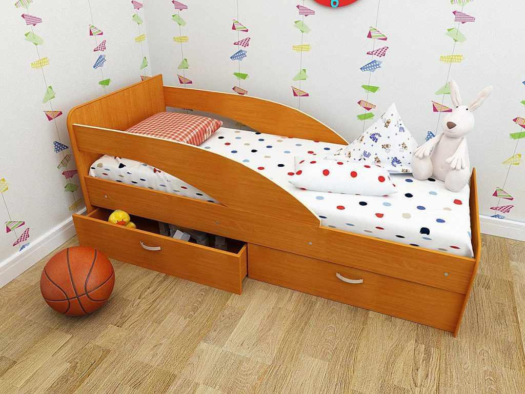 кроватка малышу