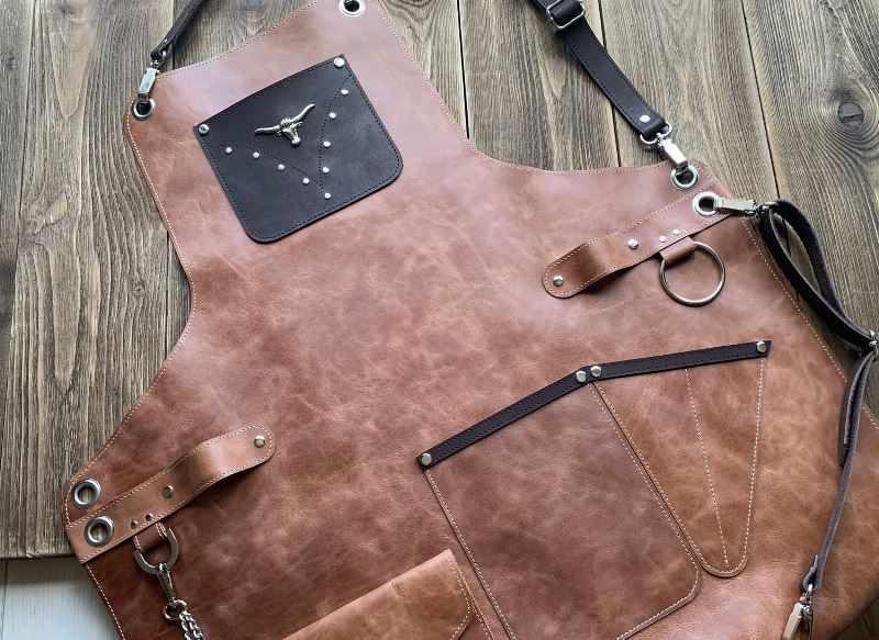 Оригинальный кожаный фартук