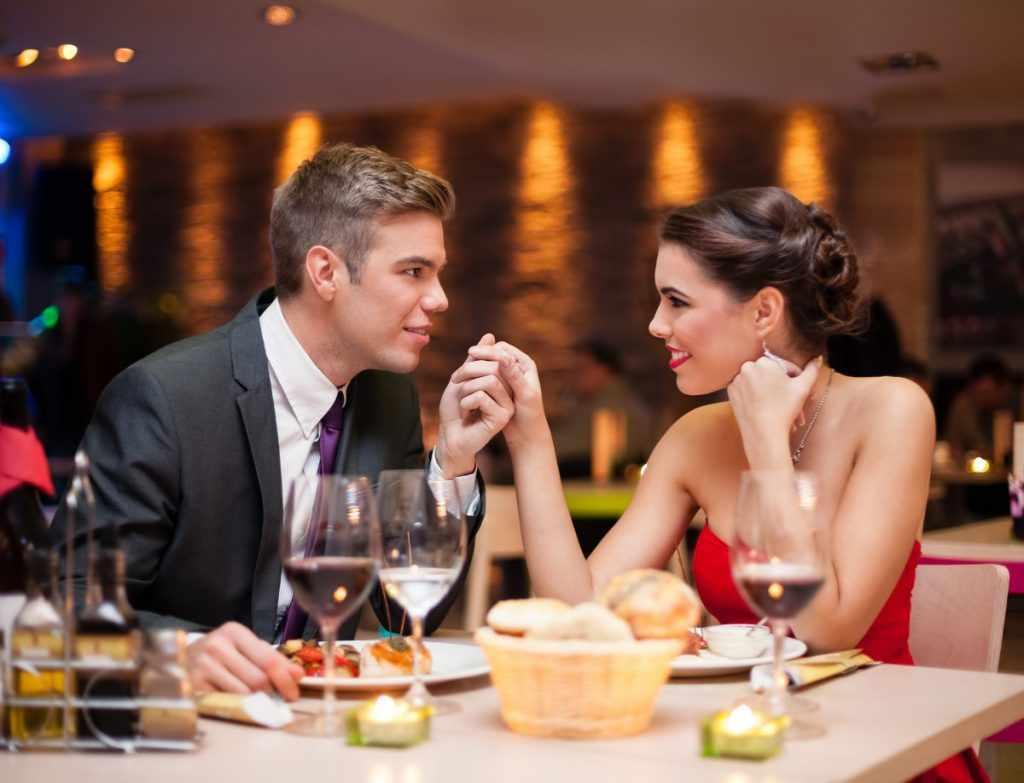 Ужин в ресторане для любимой жены
