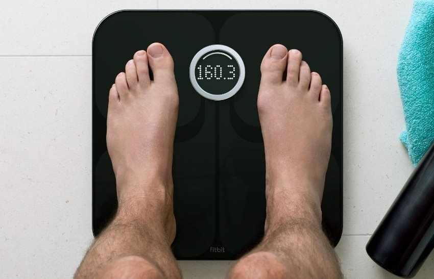 Весы в подарок