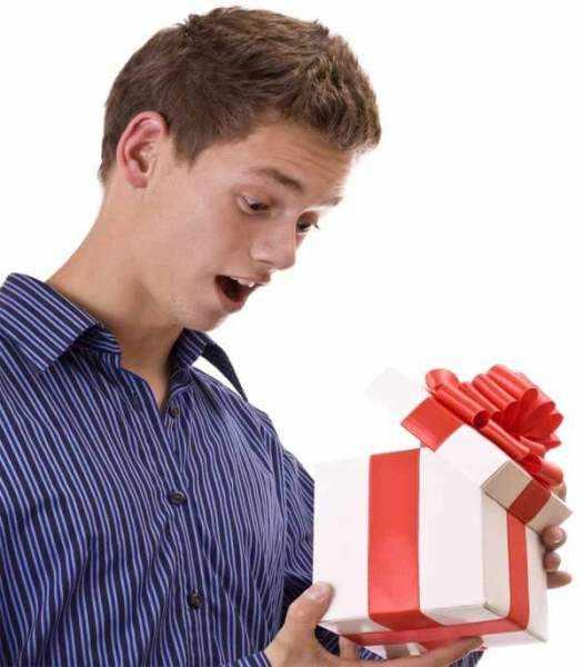 Что подарить подростку на 15 лет мальчику на день рождения