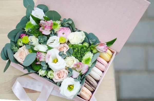 Сколько цветов подарить