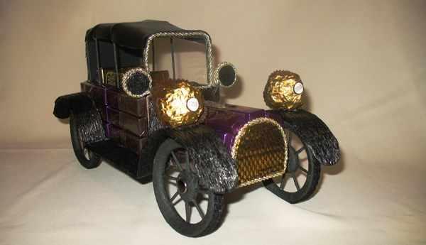 автомобиль из конфет
