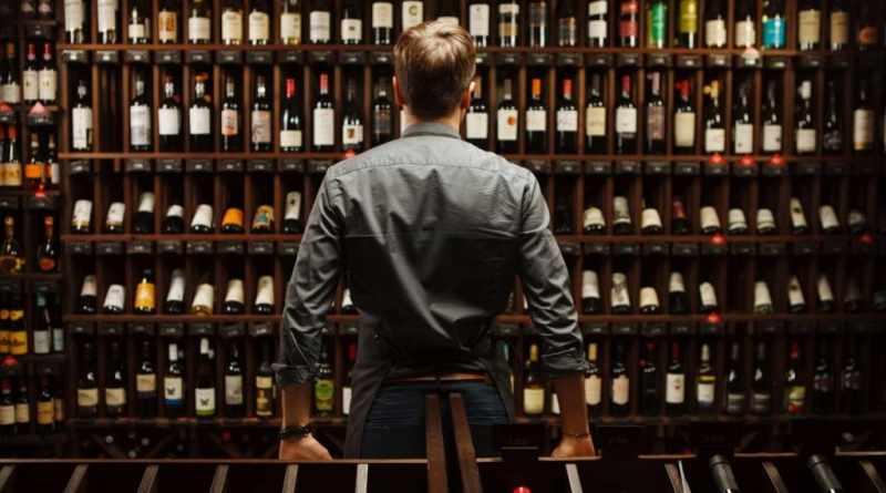 Алкоголь – практичный и уместный презент