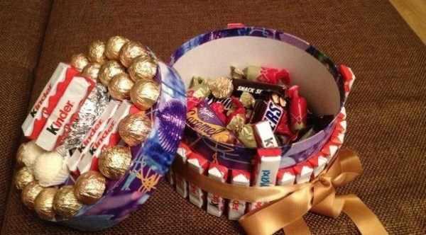 коробка с конфетами