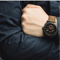 Наручные часы с хронографом