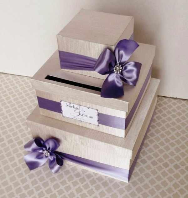 подарочная коробка с бантом