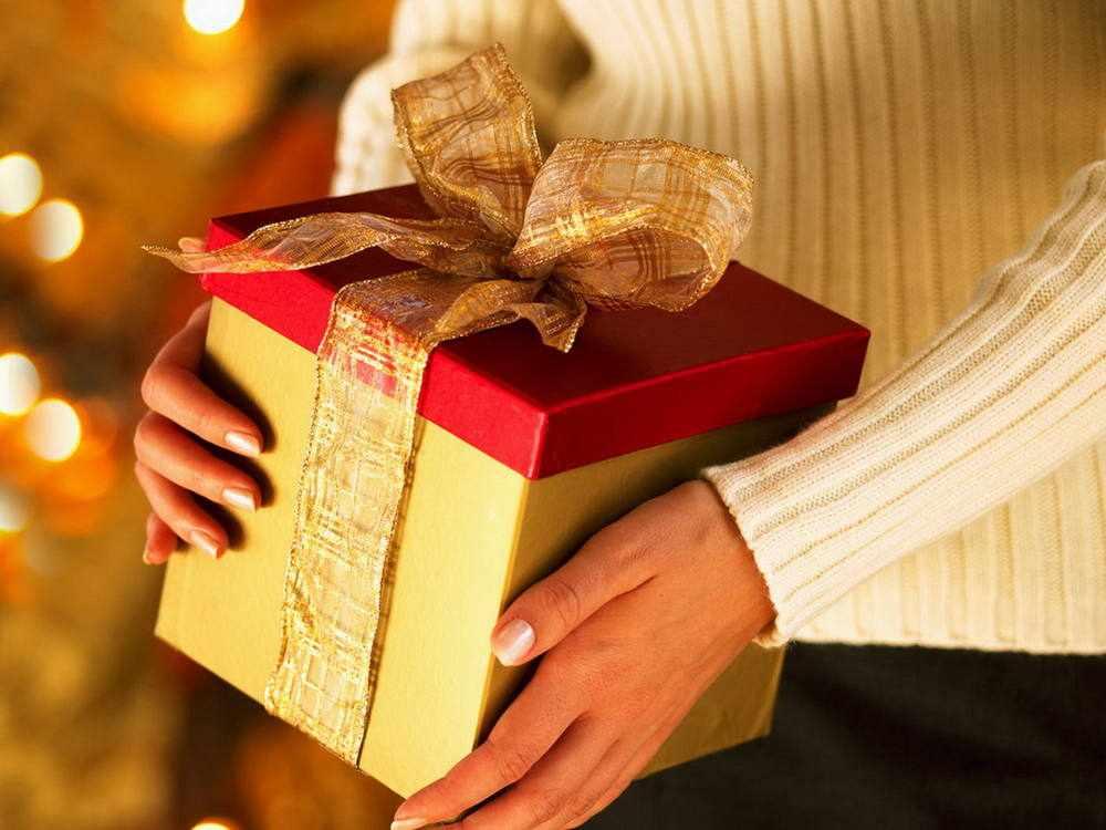 Подарок снохе на Новый год 2021