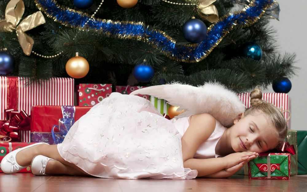 Подарок племяннице на Новый год 2021
