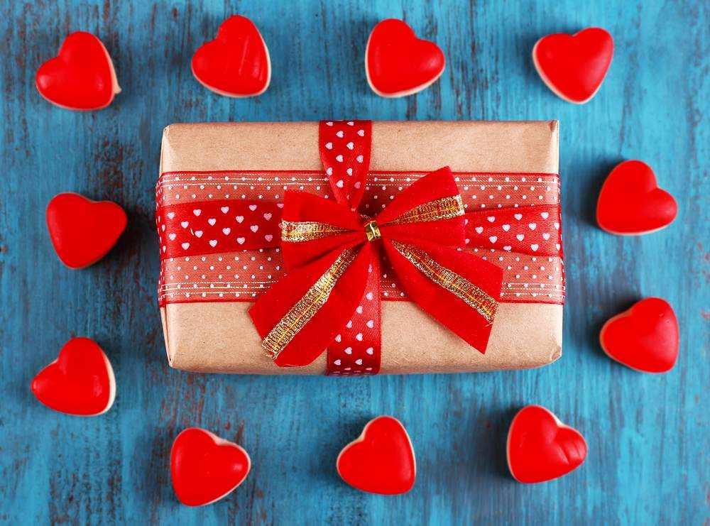 Подарок на 14 февраля, если недавно познакомились