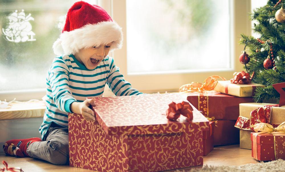 Подарок племяннику на Новый год 2021