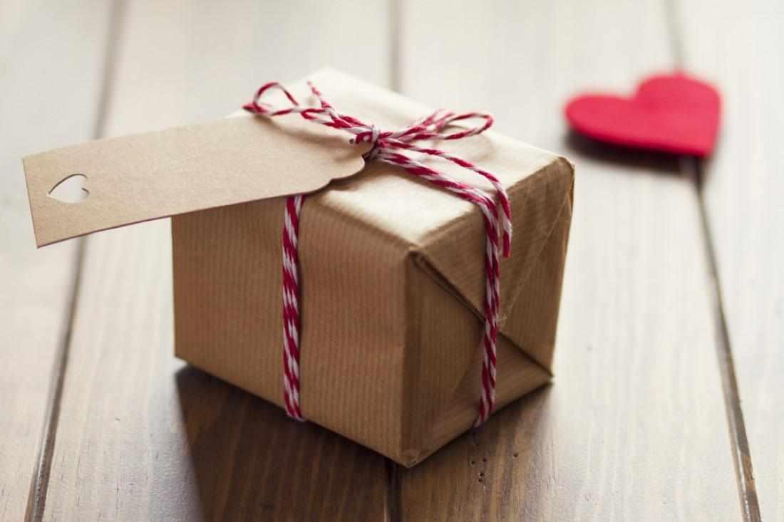 Подарок другу на 14 февраля
