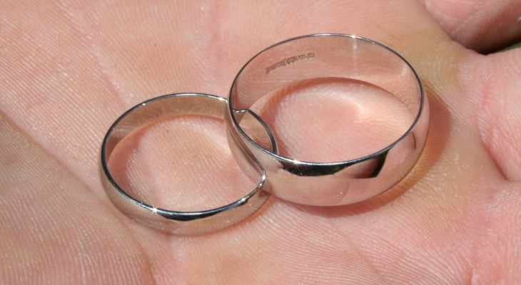 Какой подарок преподнести на никелевую свадьбу?
