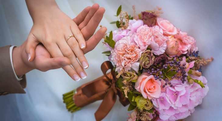 Идеи подарка на 9 лет свадьбы (фаянсовую, ромашковую свадьбу)