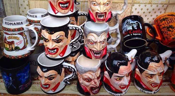 чашки с страшными рисунками