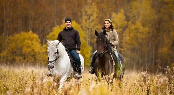 Парная конная прогулка