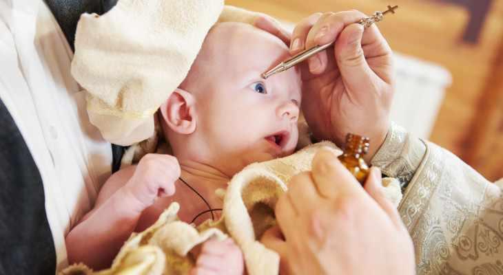 Что подарить на крестины мальчику от гостей или крестных