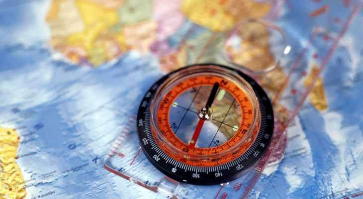 Что можно подарить учителю географии?