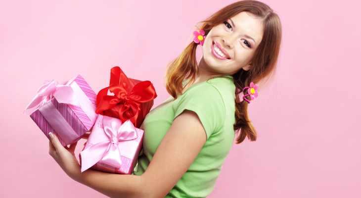 Подарок для девушки просто так (без повода) 55 идей