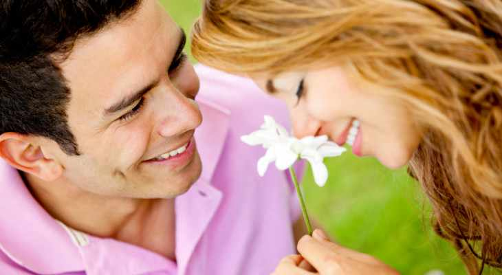 Чем удивить любимую девушку по поводу и без?